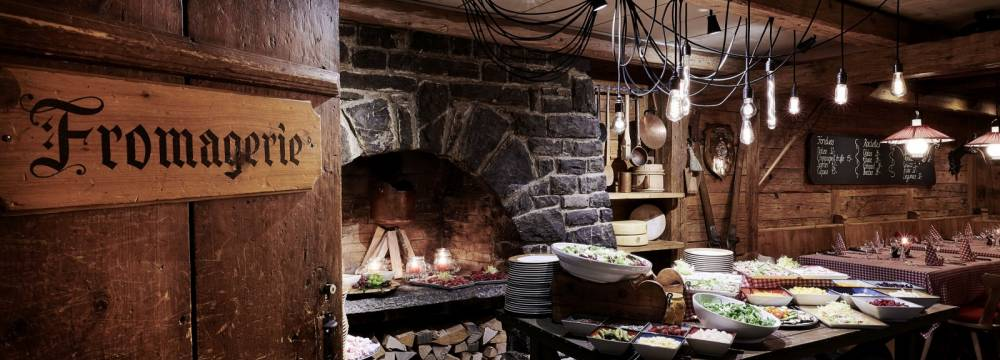 Restaurants in Gstaad: La Fromagerie Gstaad Palace