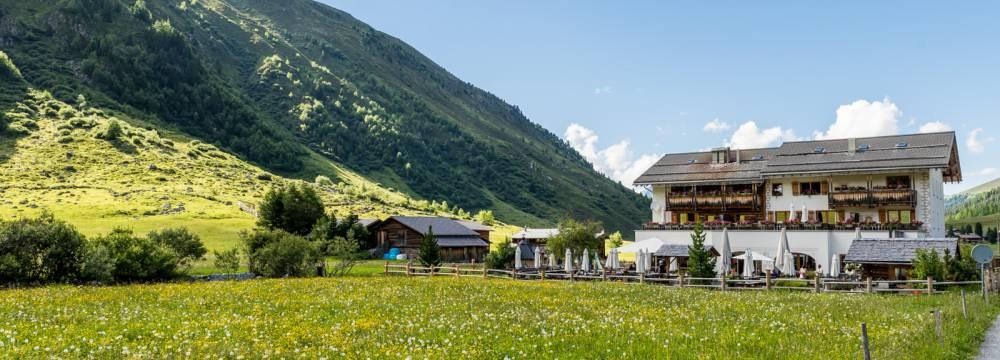 Restaurants in Davos Sertig: Hotel/Restaurant Walserhuus Sertig