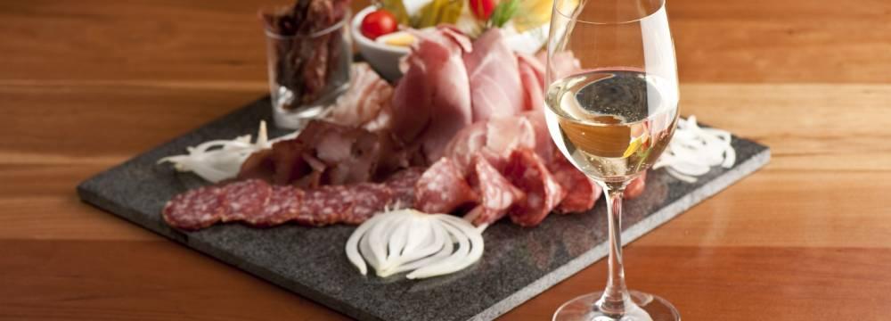 Restaurants in Kaltacker: Landgasthof Lueg