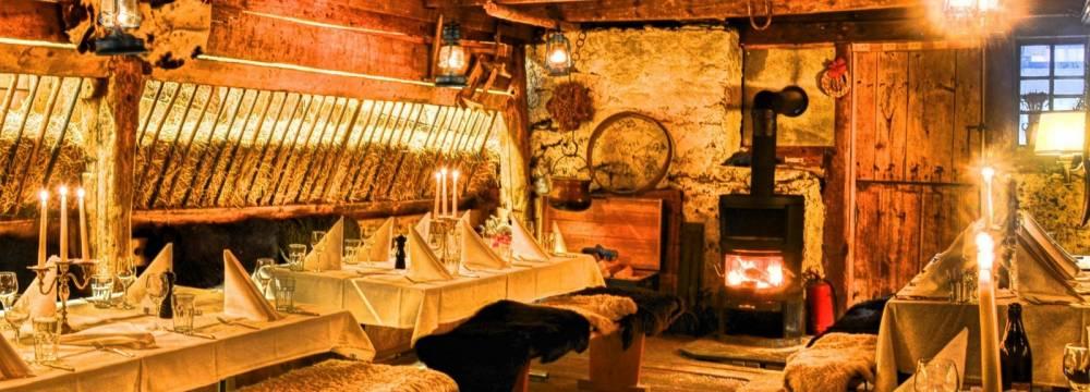 Restaurants in Kandersteg: Chalet-Hotel Adler