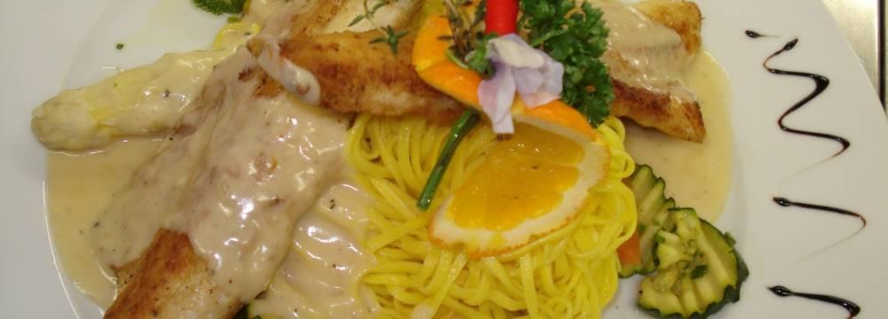 Restaurants in Oberwil im Simmental: GASTHAUS ROSSBERG