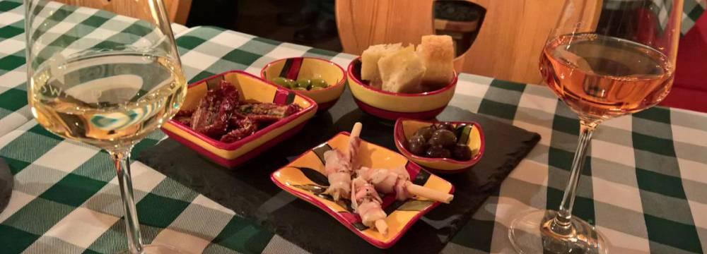 Restaurants in Vella: Gravas